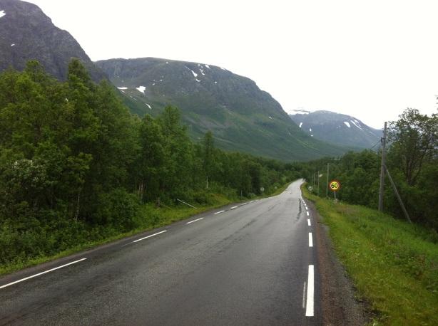 The road to Breivikeidet