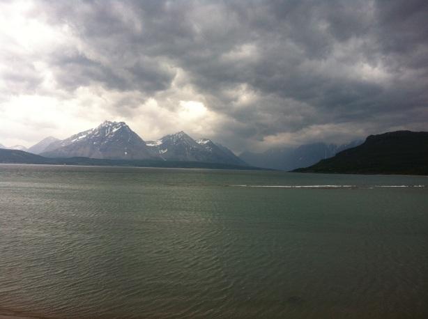 The threatening clouds at Breivikeidet