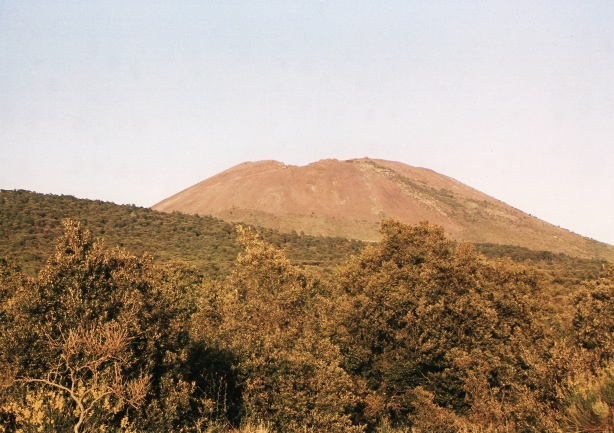On the way up Vesuvio