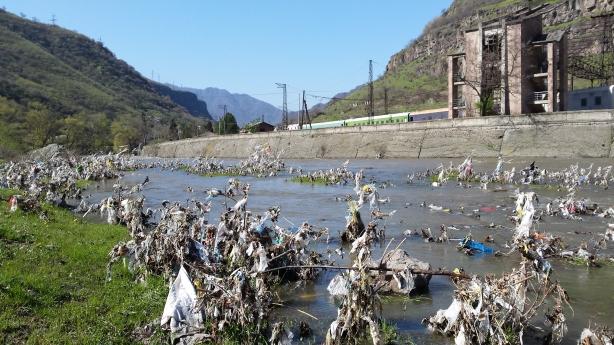 Rubbish valley