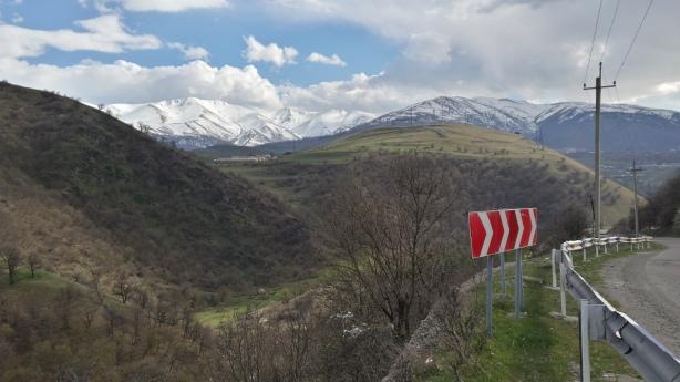 The road to Vanadzor