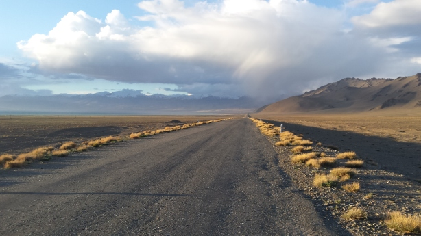 The road to Karakul