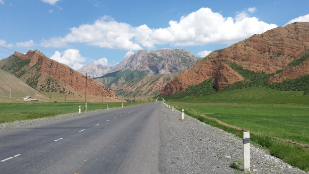 The road to Osh