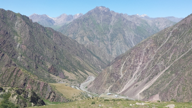 The road down to Bishkek