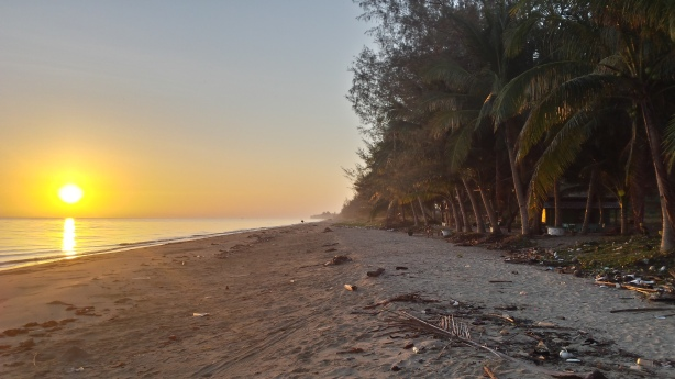 Sunrise at Phum Riang Beach