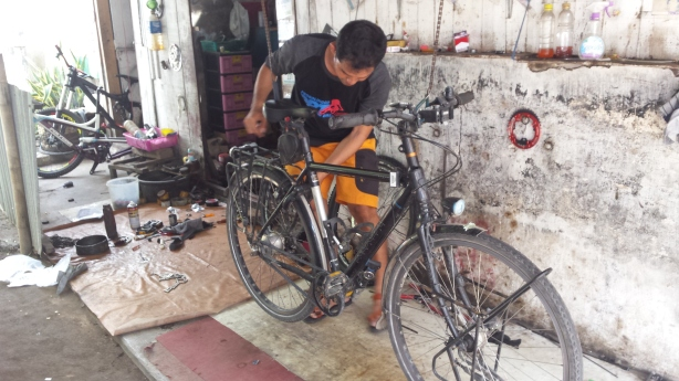 Bike repairs in Probolinggo