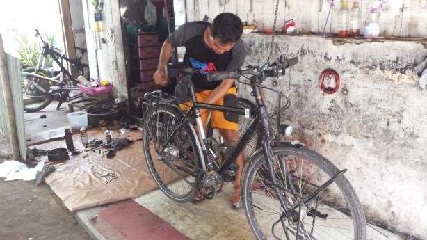 Bike repairs in Probolinggo
