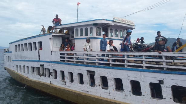 Boat to Lembata
