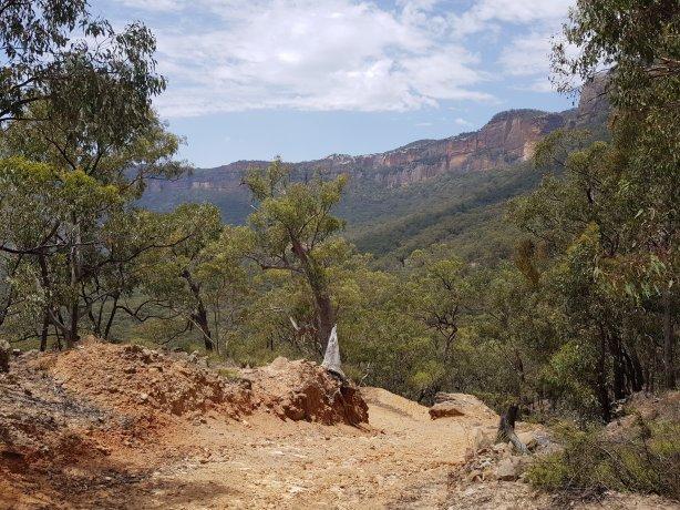 The road down from Baal Bone Gap