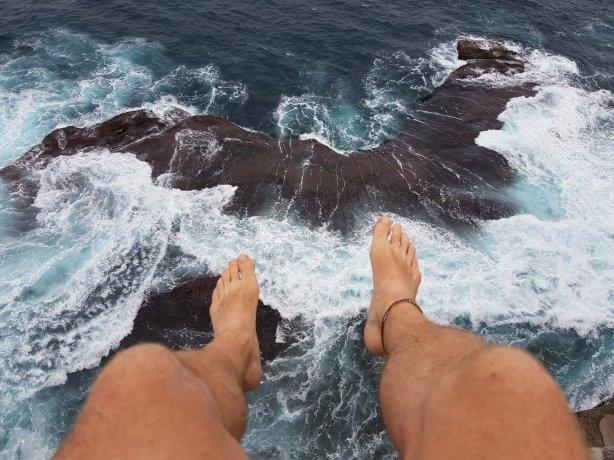 Watching the waves crashing: Kurnell peninsula