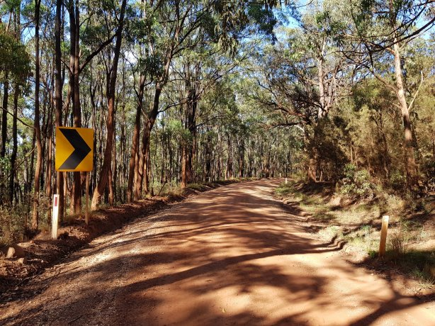 The descent to the Wollondilly River